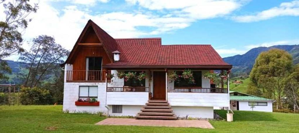 ONDUVILLA SHADED RED ROOFING TILES